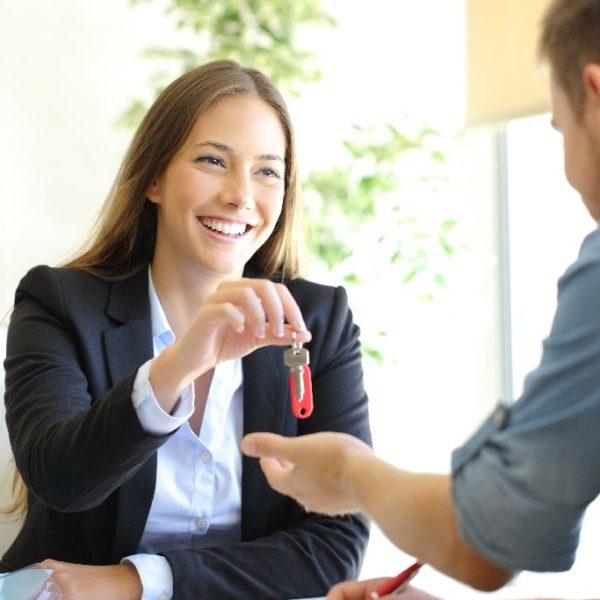 Eine vermietete Immobilie verkaufen - Tipps für den Verkauf - Titelbild