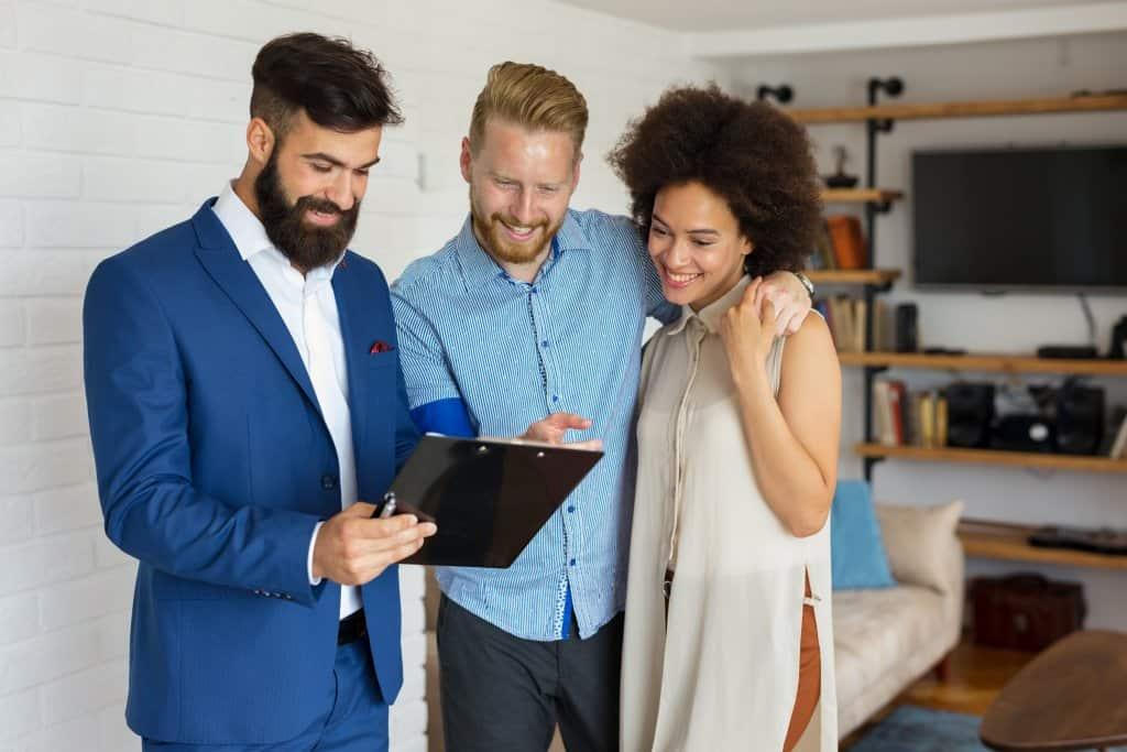 Wie Sie beim Verkauf von Grundstücken den richtigen Käufer finden - Beitragsbild der-makler.immo
