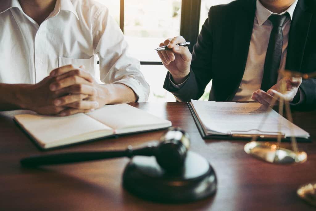 Den Immobilienmaklervertrag widerrufen - Beitragsbild der-makler.immo